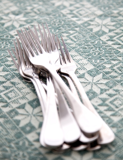 forks-on-green-cloth-crop-web.jpg